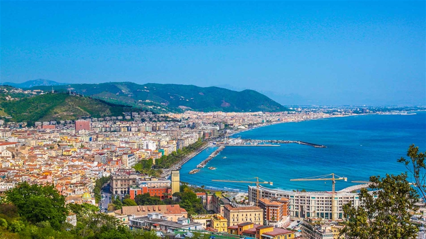 How to get from Naples to Salerno